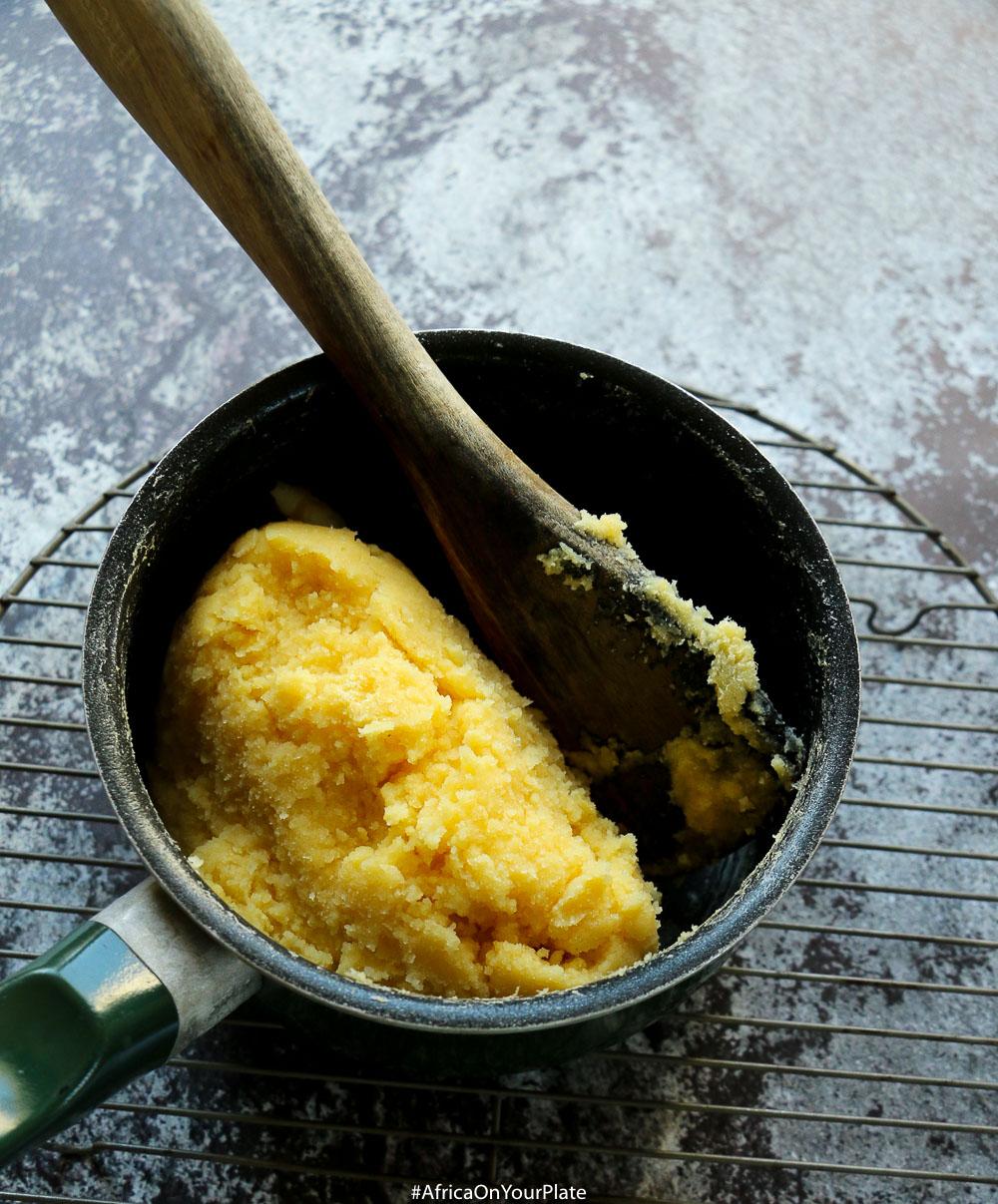 african-cornmeal-mush-ugali